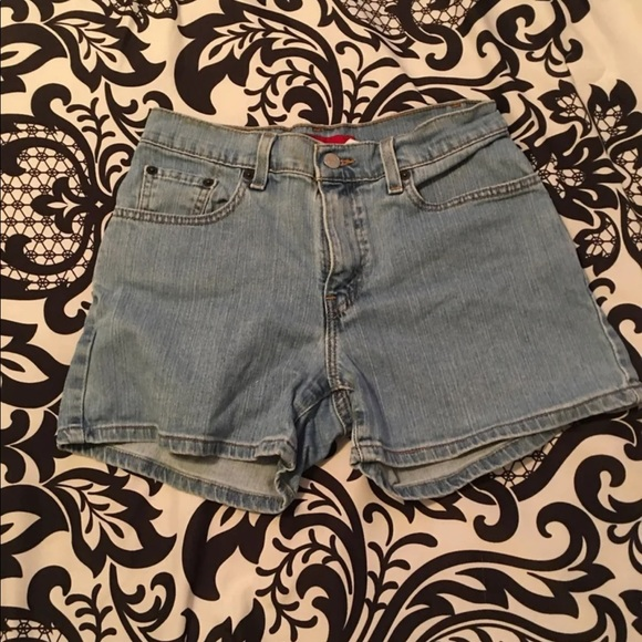 Levi's Low Rise Boyfriend Denim Shorts